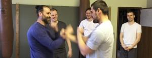 mittwochs: Lat-Sao Übungen